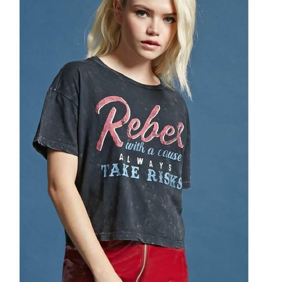 Forever 21 Tops - Forever 21 plus crop t shirt
